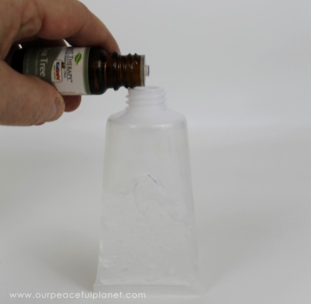 Whip our our 3 ingredient DIY hand sanitizer in minutes! It has no alcohol, is natural, safe and good for your skin. There's even a 2 ingredient version!