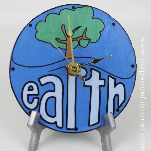 DIY World Clock for Earth Day From CD DVD