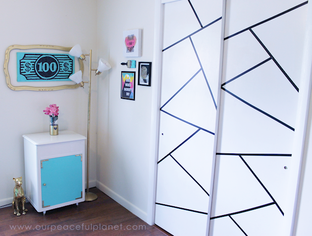In need of a decor change that costs very little? Here are some geometric door decorations that literally cost a few dollars and take just minutes to make!